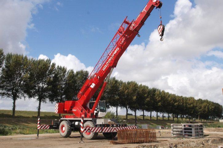 Find eCranes near you for Rough Terrain Crane